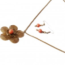 Trendy long flower pendant necklace