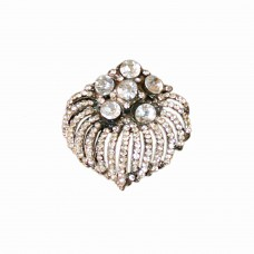 Glamour crystal brooch