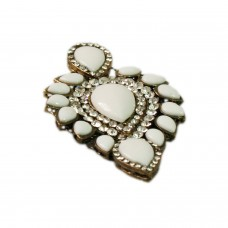 Glitsy white studed brooch
