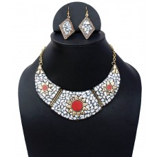 Ethnic Stone Necklace Set