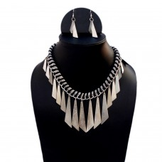 Funky Metal spades necklace set