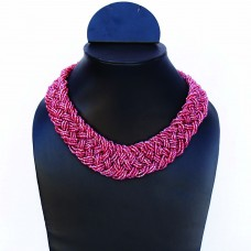 Trendy champagne red necklace